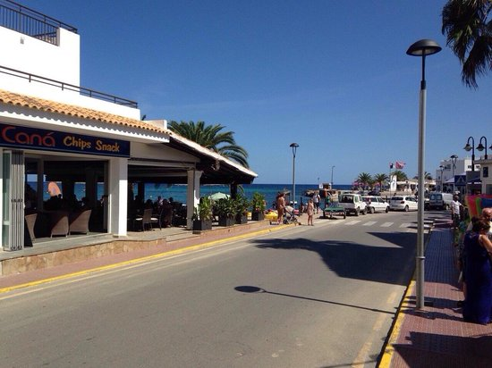 Hostal Mar y Huerta: The view as soon as you leave the hotel!