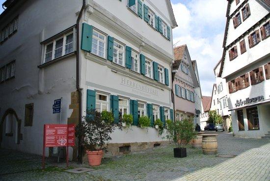 Markgroeningen, Tyskland: Ресторан на рыночной площади города