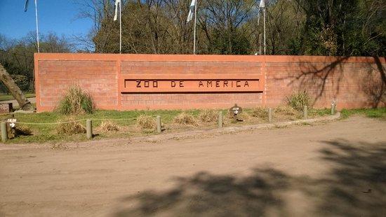 Province of Buenos Aires, Argentina: Entrada al zoo