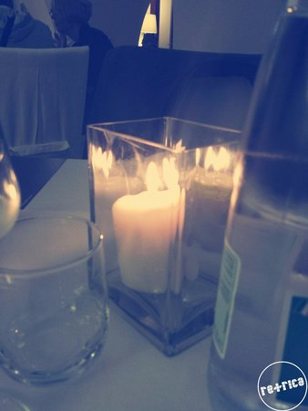 L'Isola Vineria Ristorante: Lume di candela
