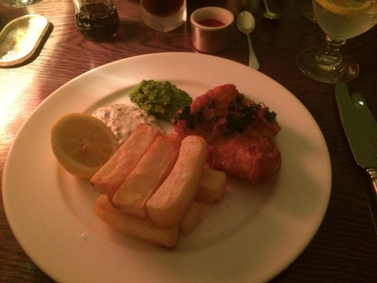 Brumus - Haymarket Hotel : Fish and chips :)