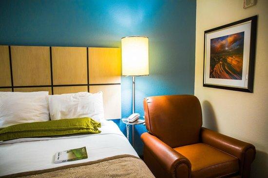 Candlewood Suites Dallas, Las Colinas: Bed