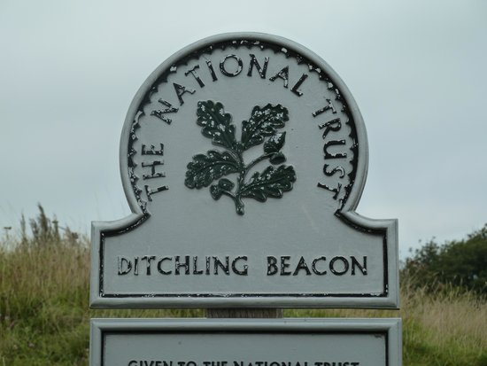 Ditchling Beacon: Sign