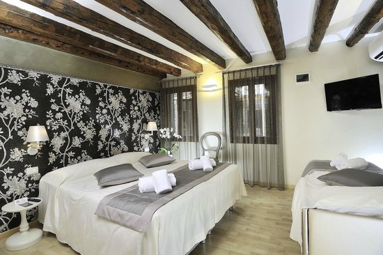 Rio Venezia Hotel : Triple Room - Annex