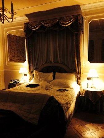 Baglioni Hotel Carlton: very comfortable bed