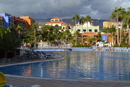 Sunlight Bahia Principe Costa Adeje: Hotel pool