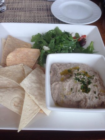 Halls Chophouse : Black bean hummus...nothing to write home about