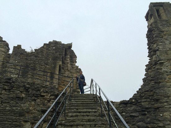 Pickering Castle: Castle Ruins