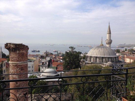 Ada Hotel Istanbul: 食事エリアのテラスからの眺め
