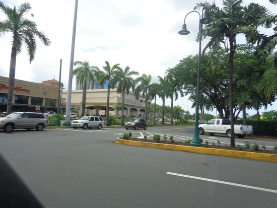 Plaza las Americas : Shopping in San Juan at mall
