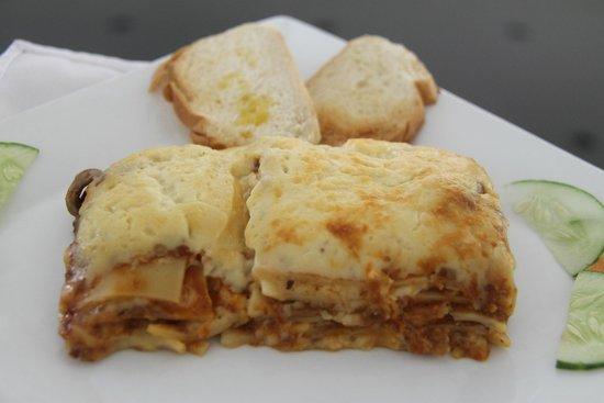 The Ritz Hotel At Garden Oases : Lasagna