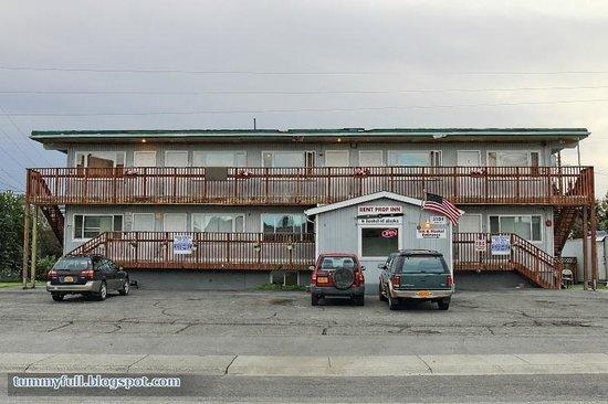 Bent Prop Inn & Hostel of Alaska: Bent Prop Inn Hostel