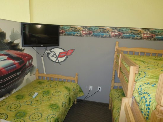 Country Inn & Suites By Carlson, Port Canaveral: Kid's 'room' in suite