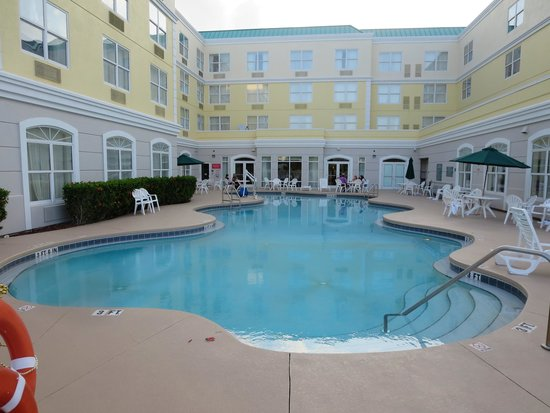 Country Inn & Suites By Carlson, Port Canaveral: Pool