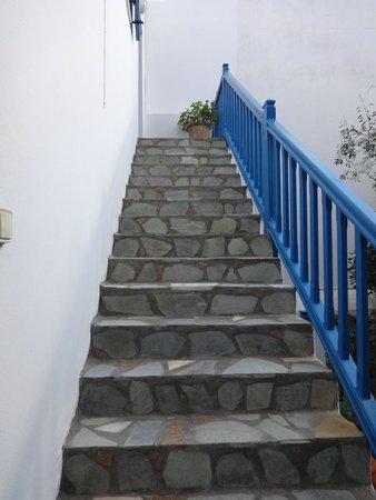 Hotel Matina: escalerasv a otras habitaciones
