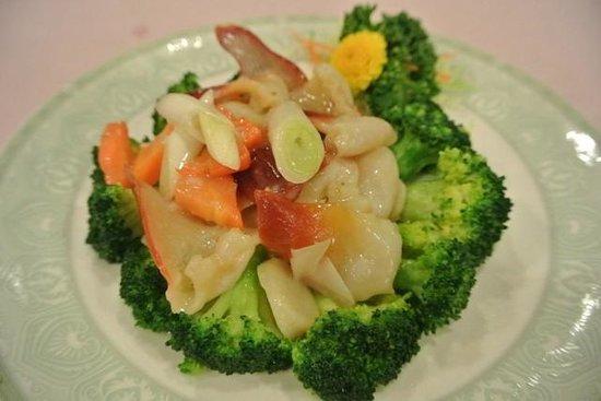 Ibusuki Iwasaki Hotel: 中華料理コースディナーの一品