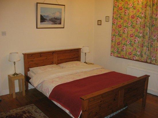 Blinkbonny House: Кровать