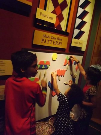 Tampa Bay History Center : Kids playing on one of the interactive exhibits!