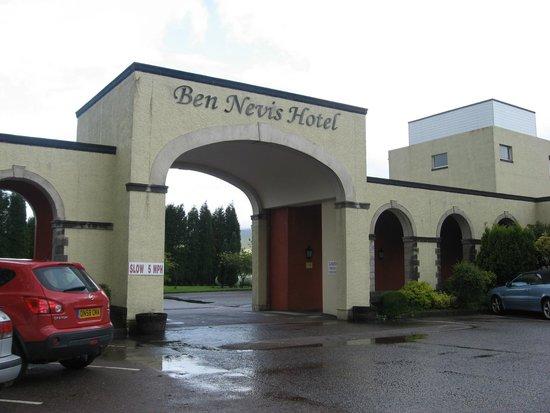 Ben Nevis Hotel & Leisure Club: Вид снаружи