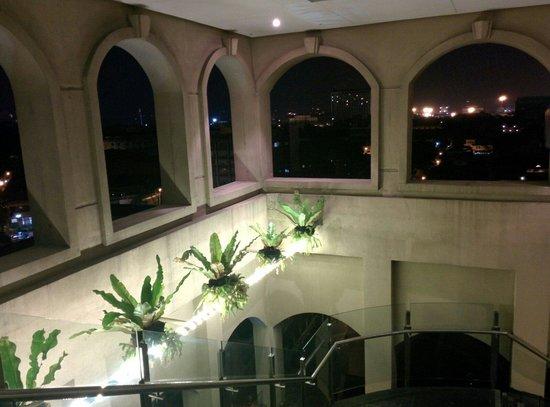 Sky Deck on Bayleaf Hotel: Entrance