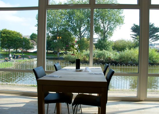Lakeside Cafe : View from inside