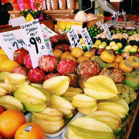 Melting Pot Food Tours : Fresh produce