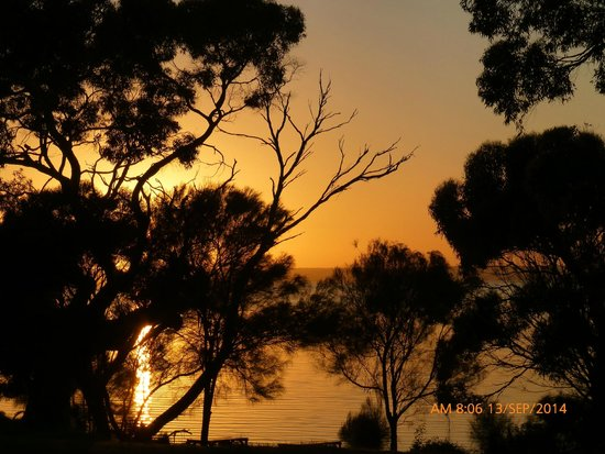 Mercure Kangaroo Island Lodge: Sunrise from room
