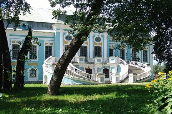 Khmelita, รัสเซีย: Главное крыльцо