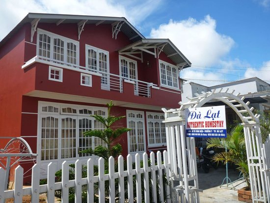 Authentic Family Homestay