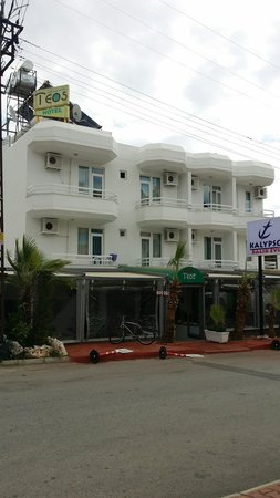 Teos Hotel