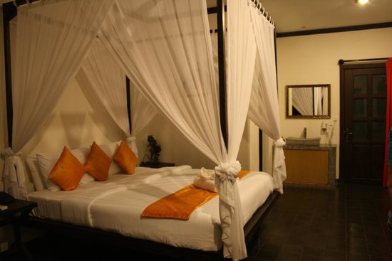 Residence Indochine D'angkor: bedroom