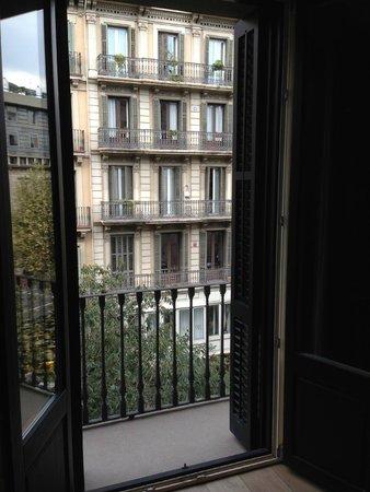 Angla Luxury Apartments Passeig de Gracia: Valencia street