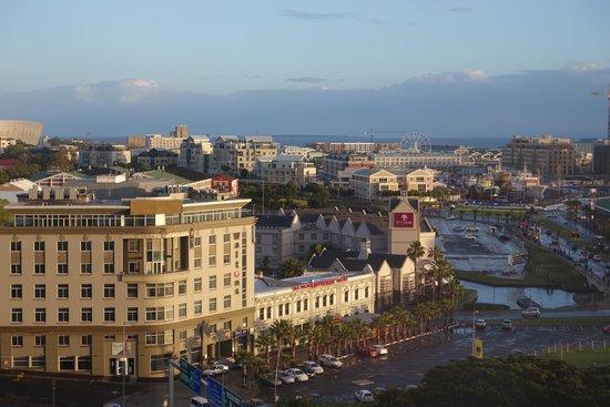 Southern Sun Waterfront Cape Town: Вид из окна на 11 этаже