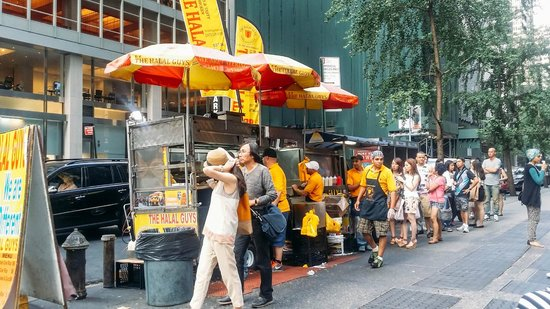 The Halal Guys: The line