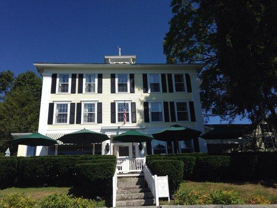 New Preston, CT: Hopkins Inn