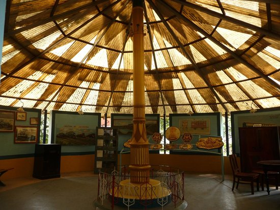 Railway Museum Mysore: Glass rotunda