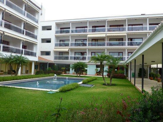Parador de Nerja: Courtyard area with comfortable sofa seating.