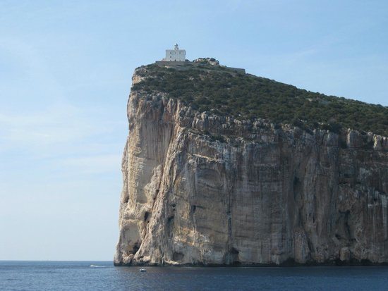 Carlos V Hotel: Good access to Capo Caccia