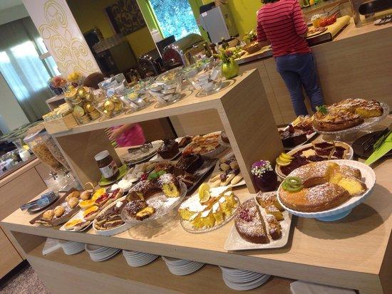 Hotel Polo : Ricco buffet per un meraviglioso risveglio!