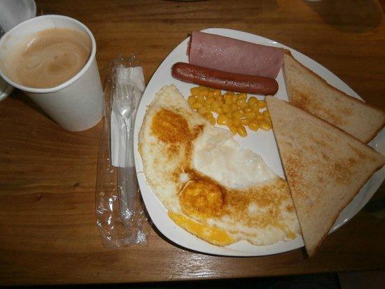 Printemp Hotel Apartment: American Breakfast