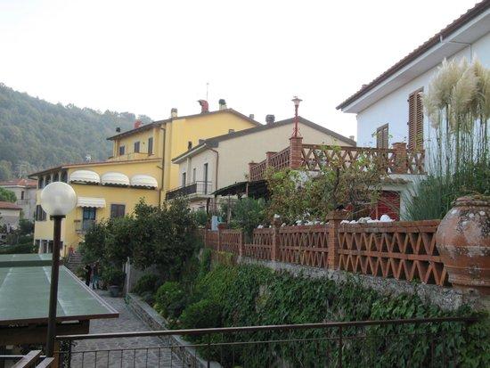 Appartamenti Il Castagno: View from terrace