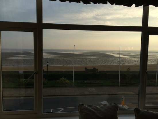 Kingsway Hotel Cleethorpes: Sea View