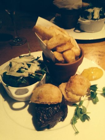 Oddfellows : Steak and chips absolute perfection