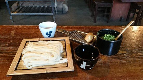Waraya : cold udon