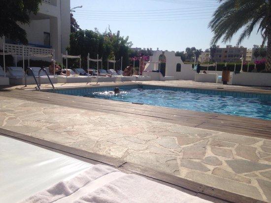 Tasmaria Hotel Apts. : Pool