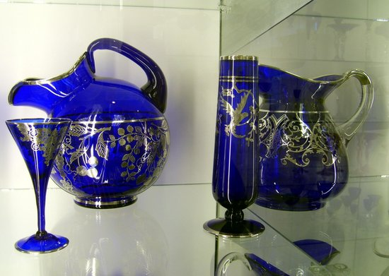 the national museum of cambridge glass blue - Cambridge Glass