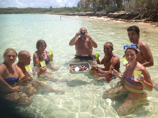 Patou Excursions : Apéro dans l'eau turquoise