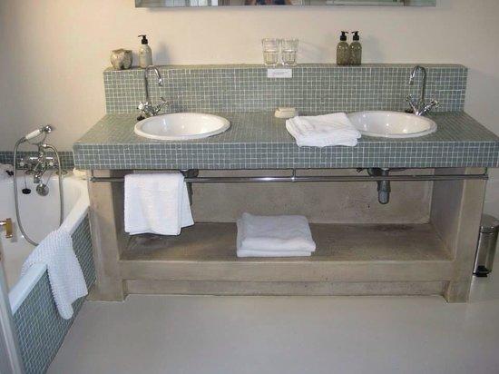 Welgelegen : Bathroom