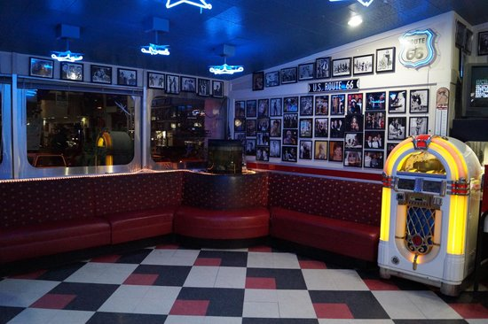 Interieur picture of galaxy diner flagstaff tripadvisor for Interieur 928