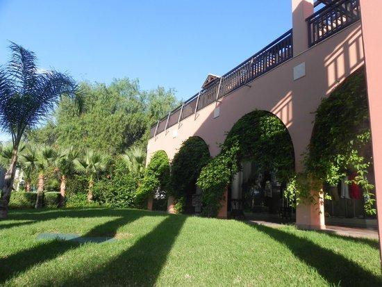 Aldiana Cyprus: hotel grounds